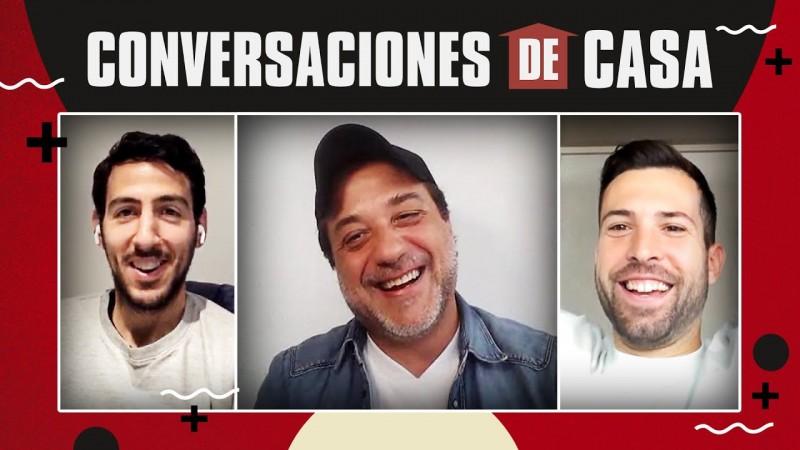Jordi Alba and Dani Parejo talk with Enrique Arce (Arturo Roman ...